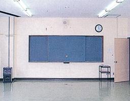 講習室[2F]
